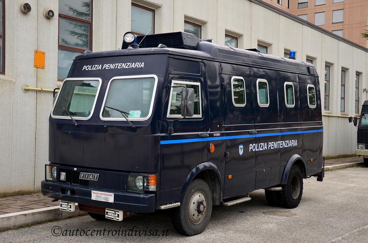 [Immagine: Iveco_A55_F13_Polizia_Penitenziaria_AA.JPG]